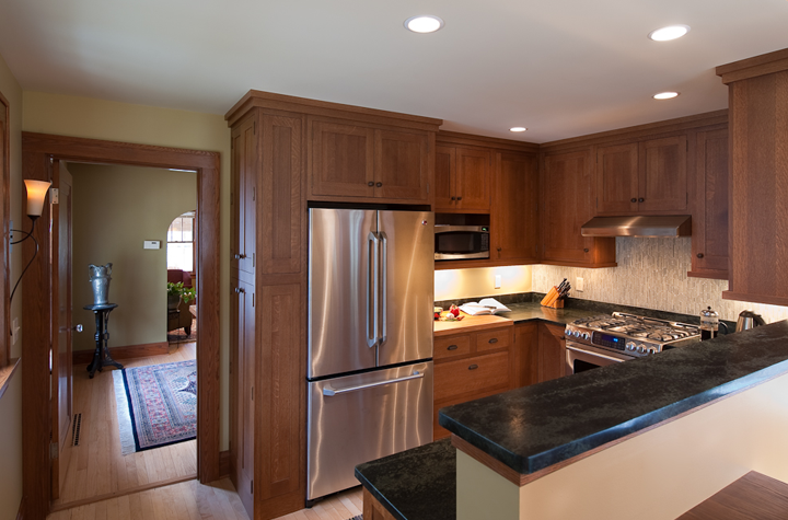 flow-from-dining-room to-open-kitchen-oak-cabinetry